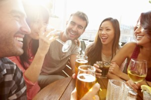 Group-of-Friends-Drinking-Beer