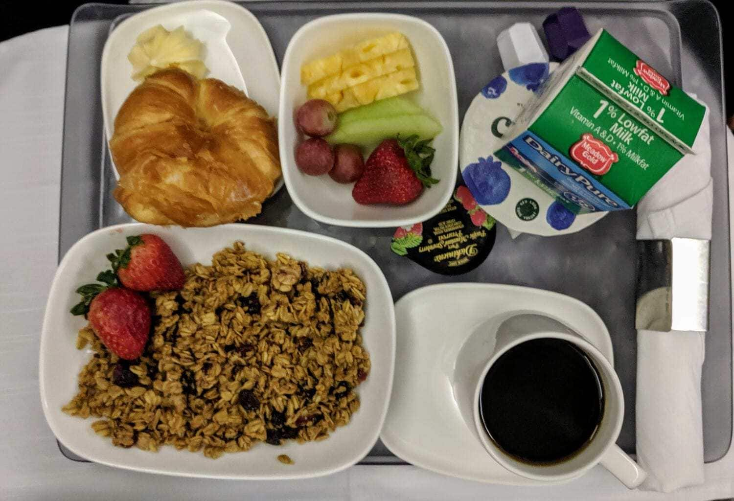 Hawaii to Atlanta (DL836) in Delta One Review: Not Worth It!